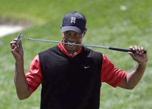 Tiger Woods Rampas Takhta Nombor 1 Dunia Golf