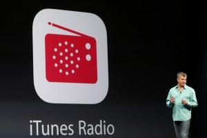Syarikat Komputer Apple Perkenal Radio iTunes
