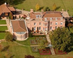 Beckingham Palace Milik David Beckham Akan Dijual