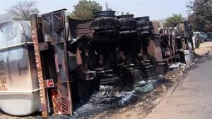 150 Mati Berebut Minyak Lori Tangki Kemalangan
