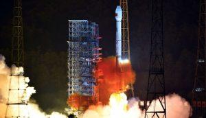 Negara China Perkenal Telefon Pintar Satelit Pertama